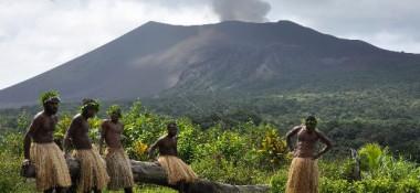 tanna-volcan-slider